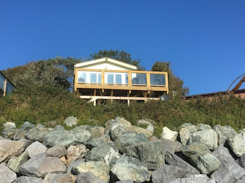 Seafront at The Beach House at 248 Lydstep Haven