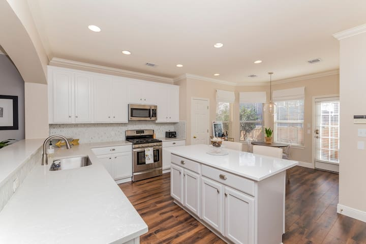 Open large kitchen is perfect for entertaining!