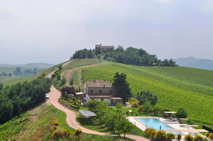 Comfortable holiday apartment Ortica in a a breathtaking countryside location