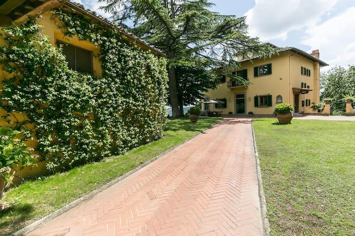 APPARTAMENTO VILLA GIULIA - San Casciano in Val di pesa - Villa