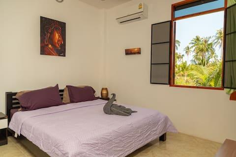 Baan Pumichai renthouse - EnSuite double room