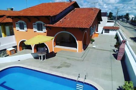 Casa em Pau Amarelo próximo à praia