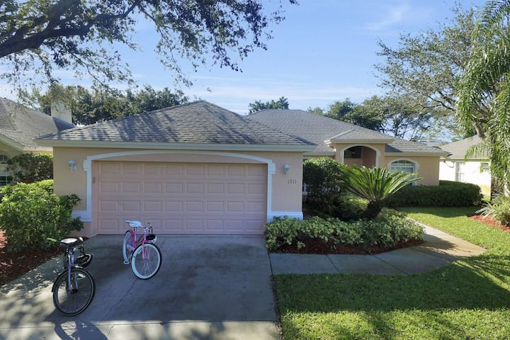 Briarwood Vintage Ln 1511 5 Bedroom Pool Home Houses For Rent In Naples Florida United States