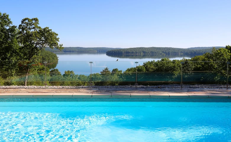 Luxury Lakeview Lodge Sleeps 30 with Heated Pool.