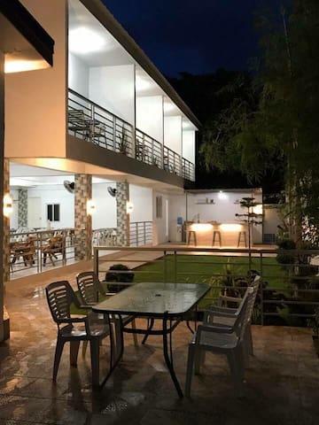 Vet's farmville Resort room 5