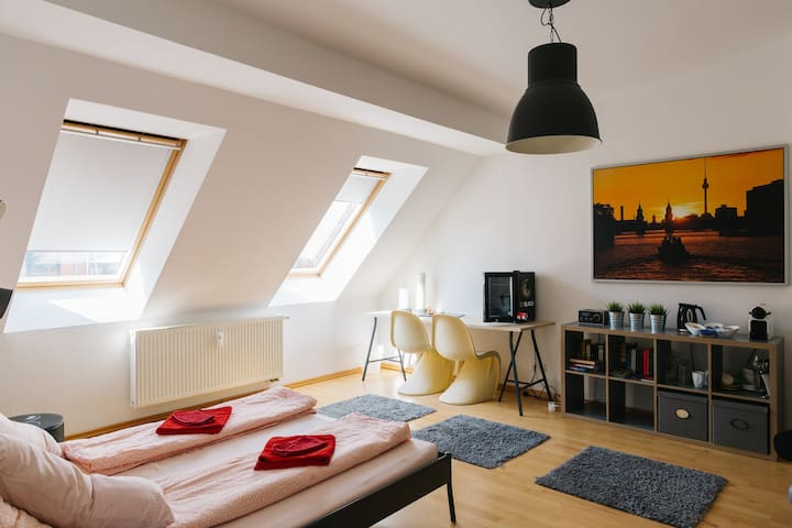 Cozy room in the heart of Berlin!