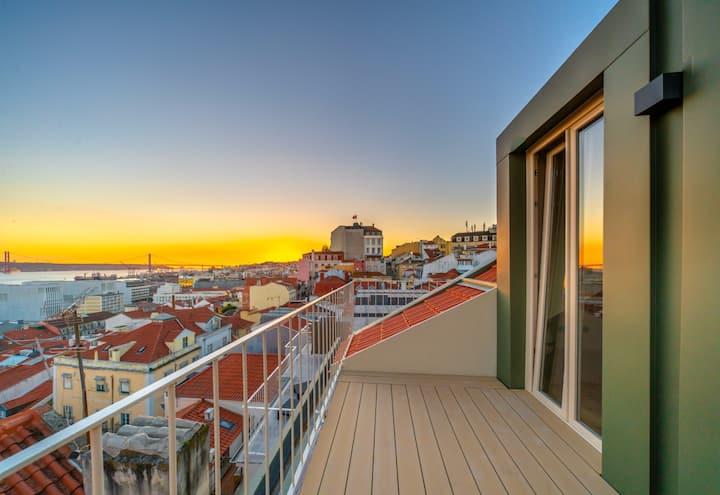 Casas na Portuguesa - Duplex- BRAND NEW * Chiado.
