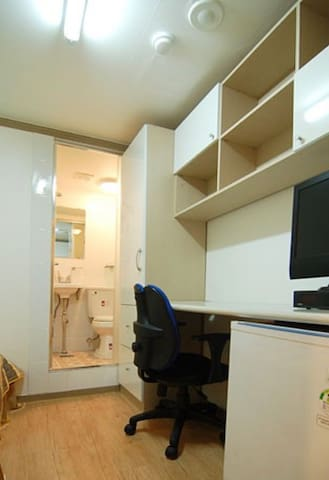 Noble Residence 215호