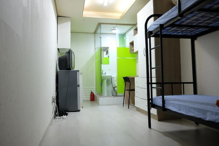 ConyHouse Apgujeong-rodeo double room(B01)