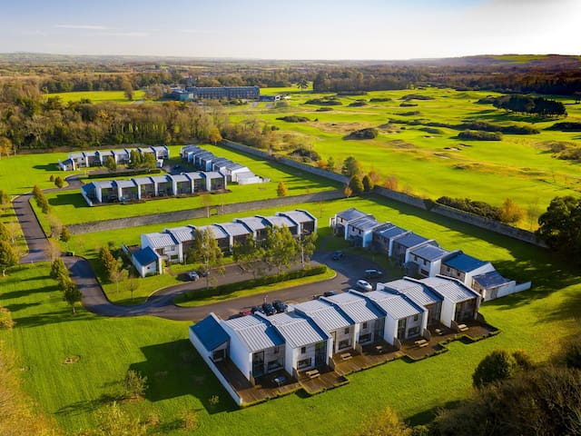 Castlemartyr Holiday Lodges (2 Bed)