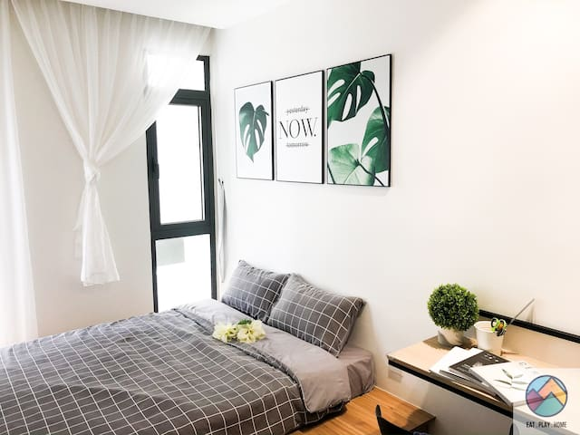 【SUPER NEW06】 3 Room Family Suite|5m to Mid Valley