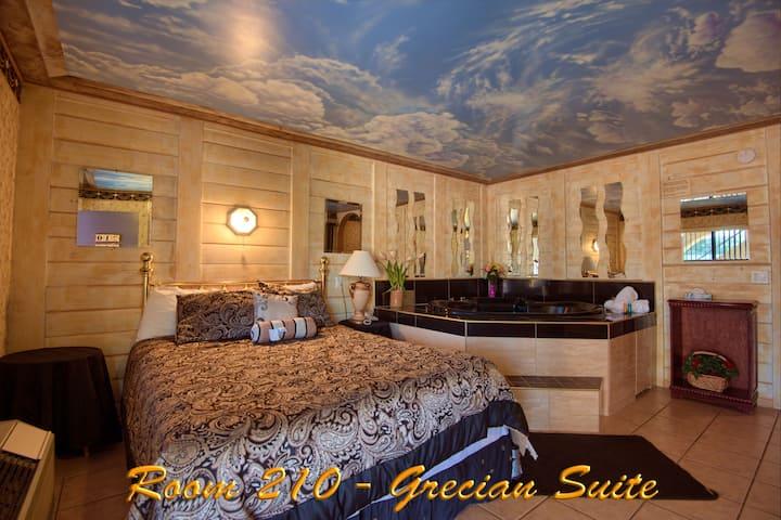 Oasis Of Eden - Grecian Suites