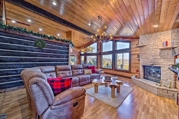 NEW! Mountaintop Paradise w/ Hot Tub & Game Room!