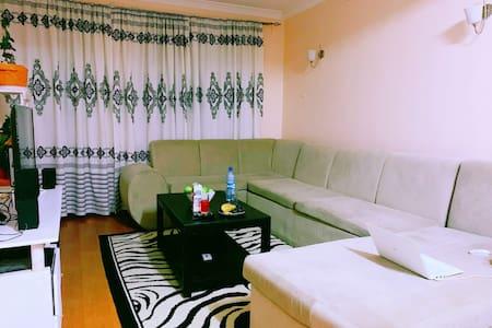 master bedroom both ensuite + wifi
