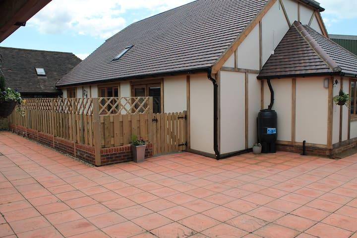 Flint Barn rear with enclosed patio