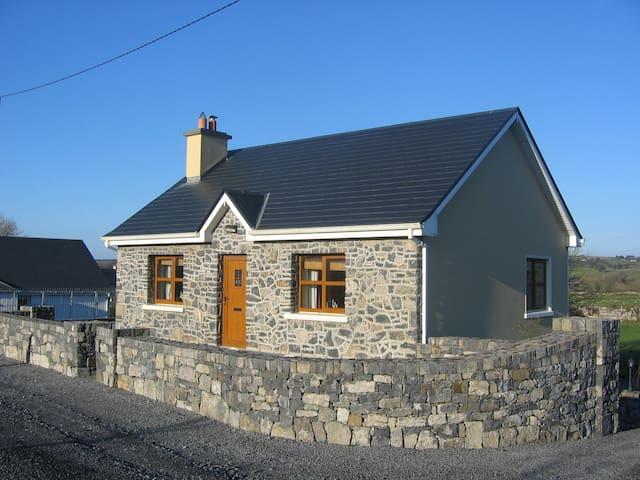 Roadside Cottage The Burren Kilfenora Co Clare Irl