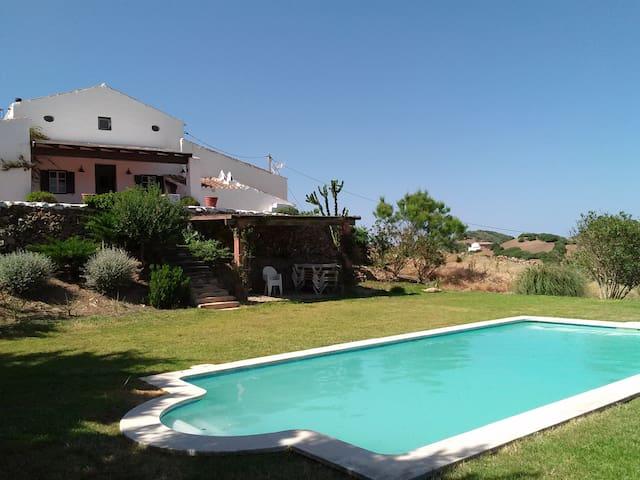 Casa en el campo con piscina - Es Mercadal - Casa