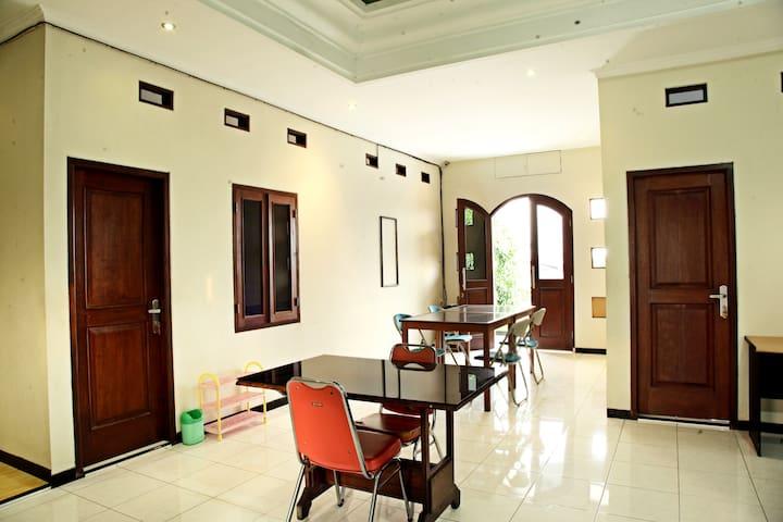 Wisma Hargo - Modern Apartment 2BR @Banyumanik - Banyumanik - Talo