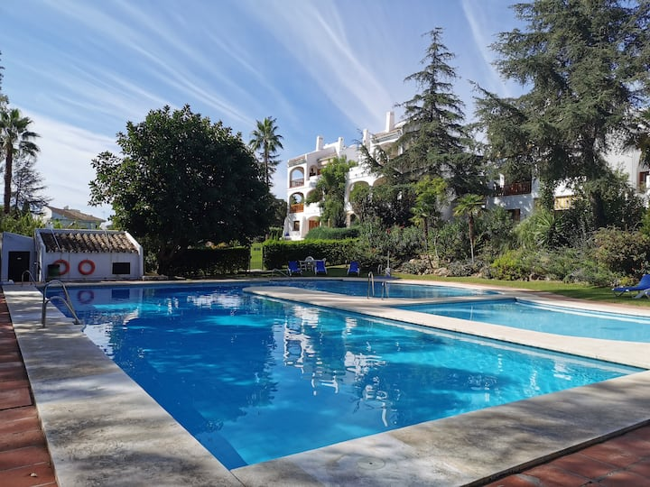 Penthouse in Nueva Andalucia - Sleeps 4