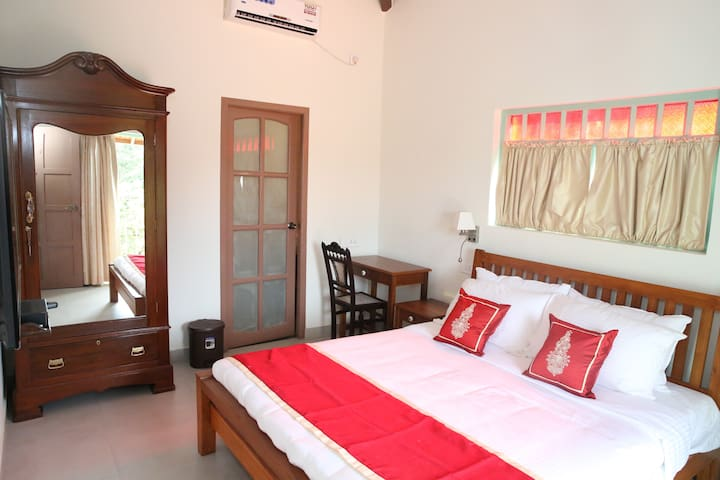 Double Room at Heritage Boutique near Calangute 2