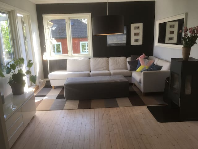 Big apartment near sea, 12 min to central Oslo