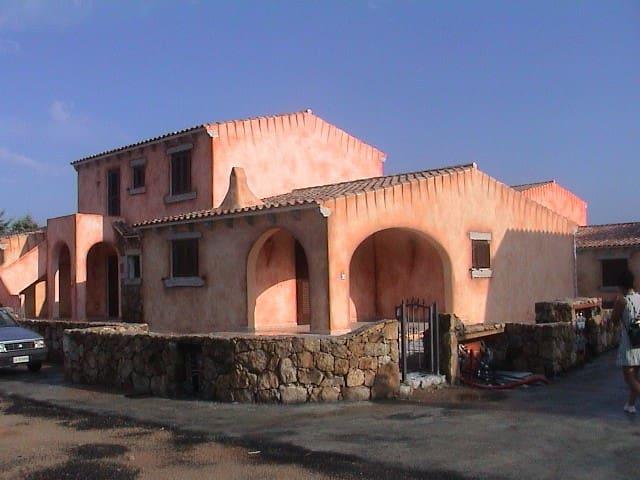 San teodoro. Casa vacanze vicino a spiaggie - Case Peschiera-lu Fraili - Tatil evi