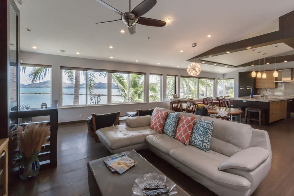 Sea Breeze Villa is a 5-bedroom, 4-bath home located in Kaneohe. The home is located in a quiet residential area where there are lots of sitting areas. The hospital, Windward Mall and restaurants are within 5-10 minute drive away from the home.