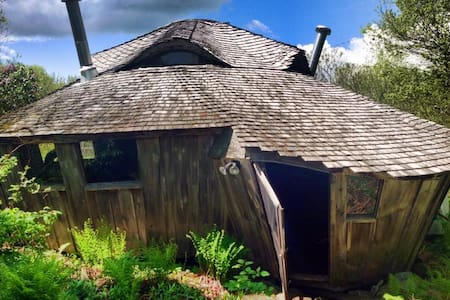 Enchanting solar powered yurt in small community