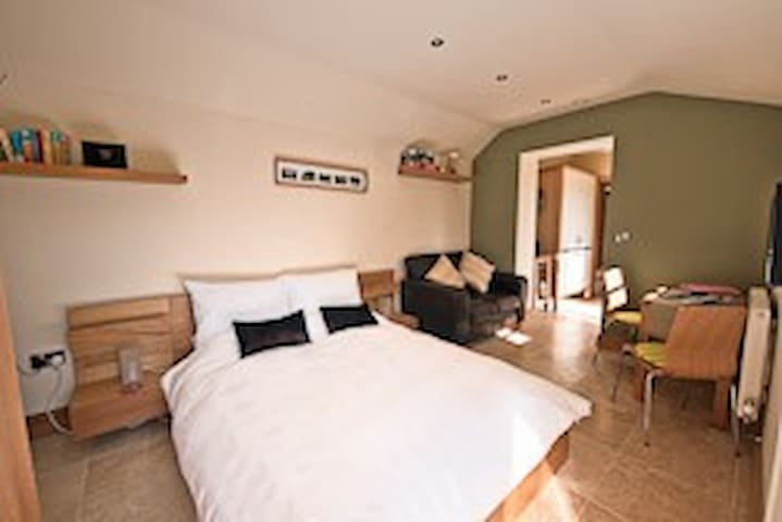Stables at Spinney Croft | Knaresborough | Sleep 2 - Knaresborough - Dom