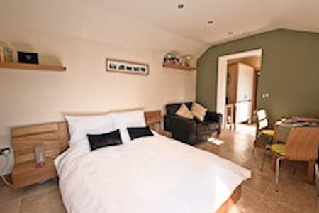 Stables at Spinney Croft | Knaresborough | Sleep 2 - 纳尔斯伯勒(Knaresborough) - 独立屋