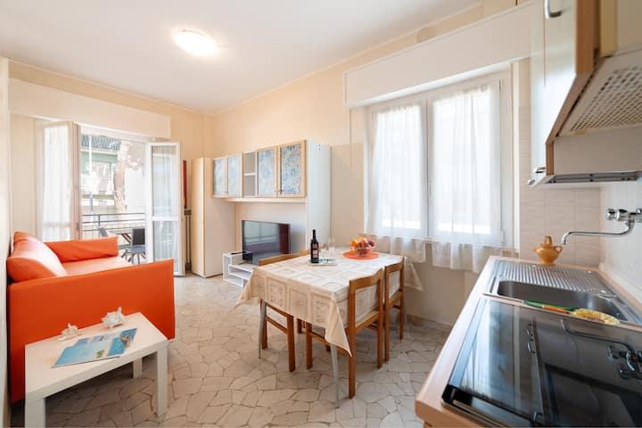 Appartamento nel cuore di Riccione  (max 6 ospiti)