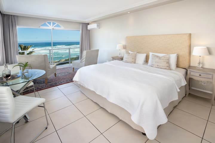 Hermanus Beachfront Lodge - Luxury Suite