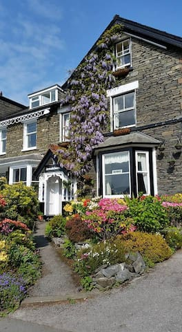Brooklands Guest House Bowness-on-Windermere - Bowness-on-Windermere - Pis