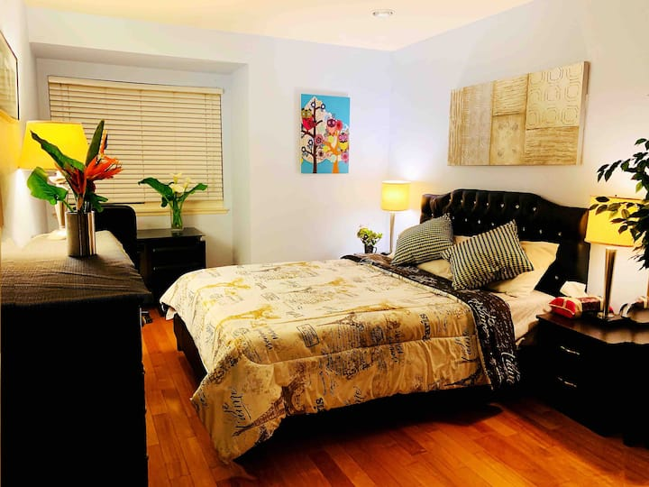 Beautiful large private two bedrooms for family