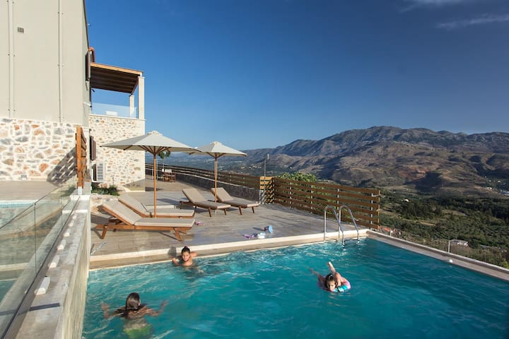 Traditional pool Villa in Apokoronas, Chania