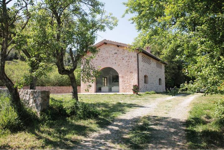 Zen Cottage in Tuscany - Siena - House