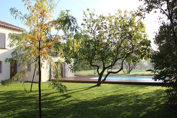 Villa provençale avec piscine - Pernes-les-Fontaines - Casa