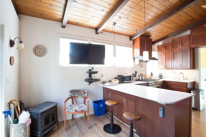 Cozy Garden Cabin - Albany - Lägenhet