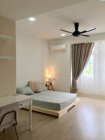 Cozy Scandinavian Stay in Kota kemuning Shah Alam