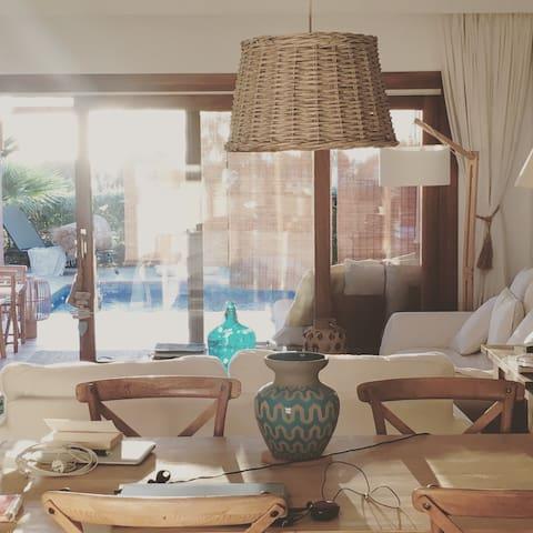 casa EN IBIZA CON VISTAS AL MAR