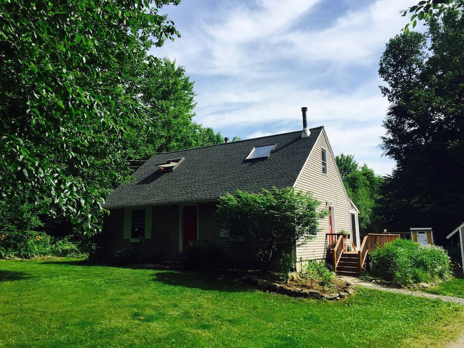 Cozy vermont country home houses for rent in underhill for Vermont country homes
