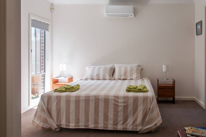 East St Kilda great for Grand Prix - Balaclava - Bed & Breakfast
