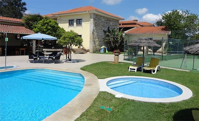 Casa férias luxo Q. Dom José 16pax - Braga - Szoba reggelivel