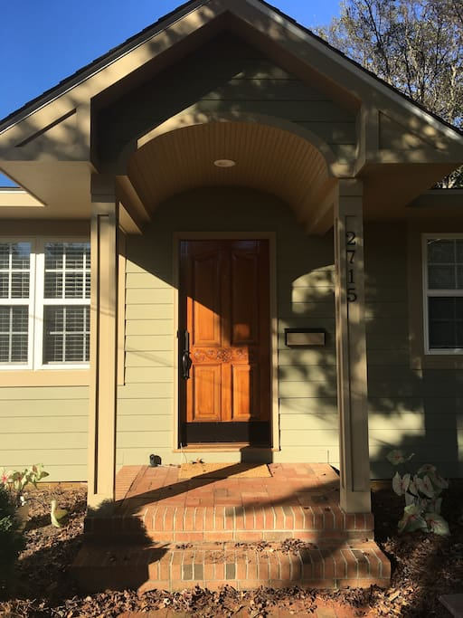 Springway Getaway One Bedroom Houses For Rent In Charlotte North Carolina United States