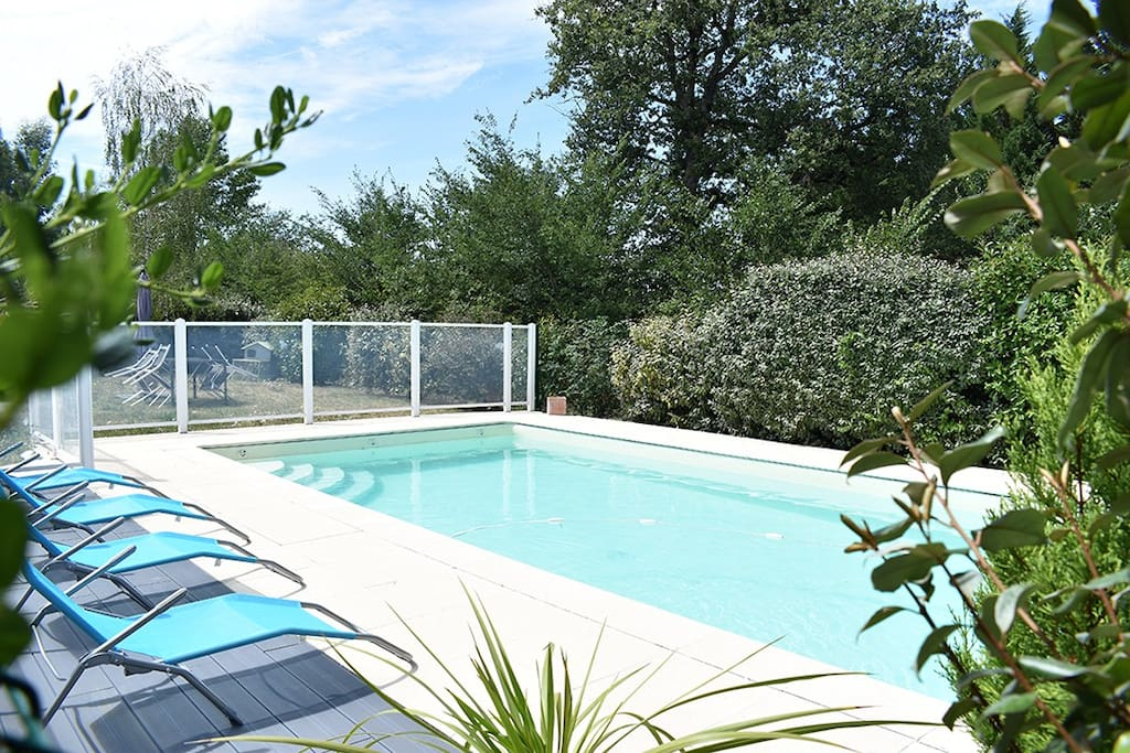 Location studio meubl apartments for rent in la roche - Location studio meuble poitiers ...