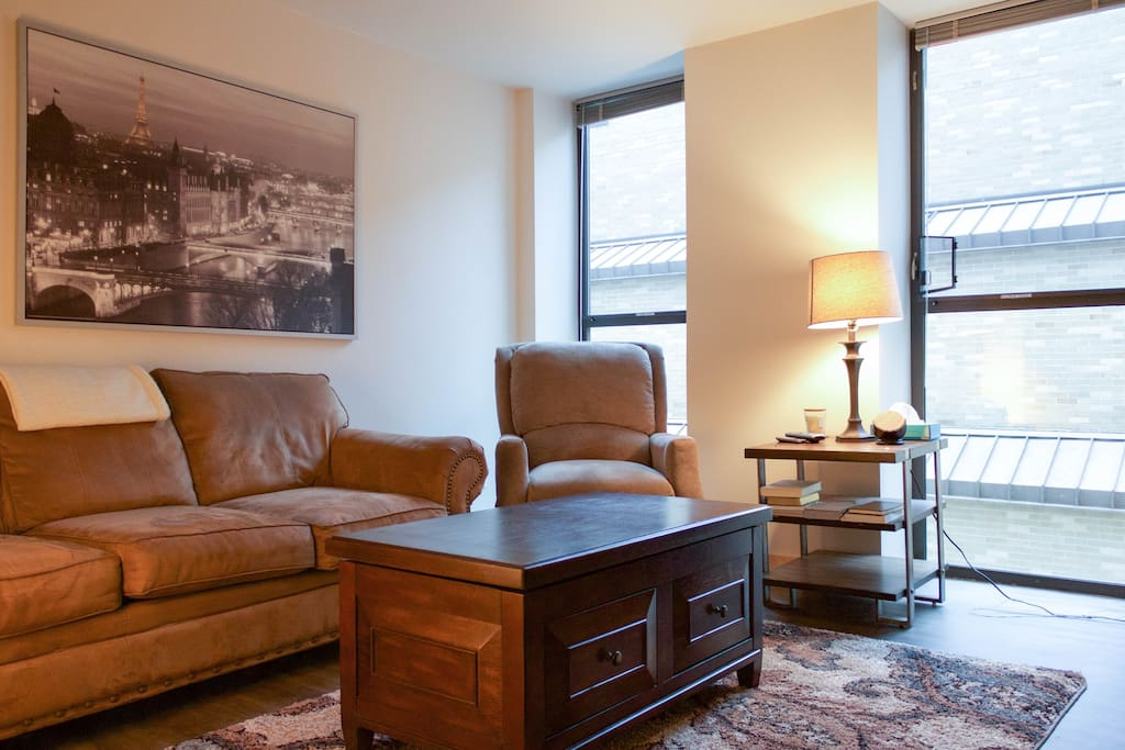 Downtown Madison Capitol Campus Lake Mendota Apartments For Rent In Madison Wisconsin