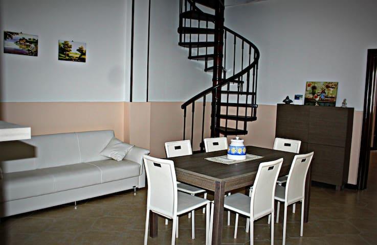 Ampio appartamento nel Salento - Alliste - Ev