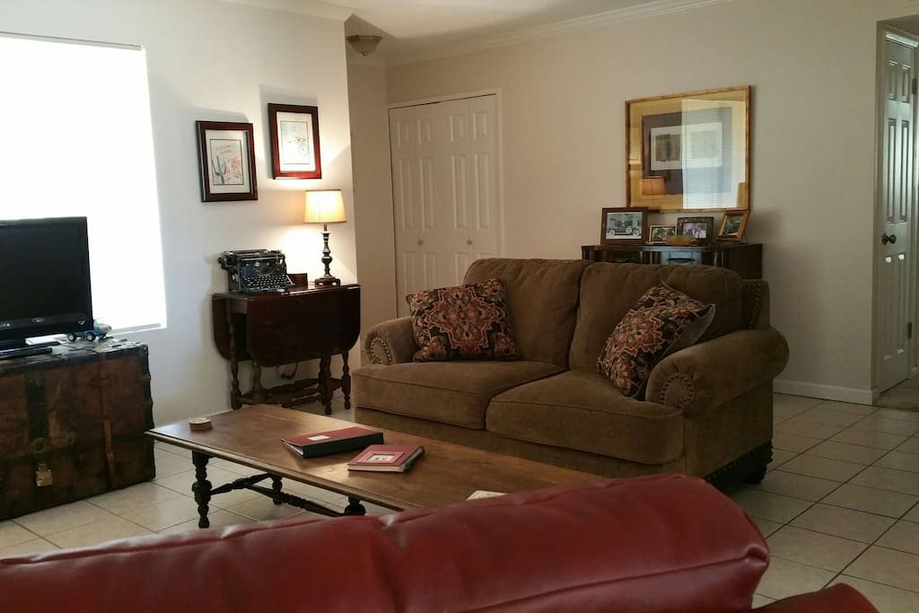 Comfortable Living Room with new sofas!
