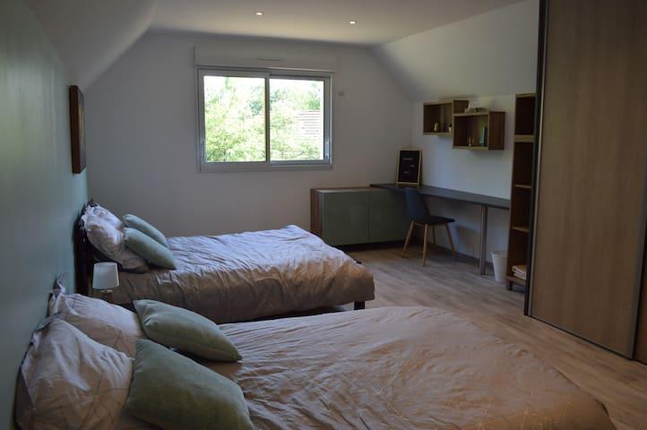 Chambre spacieuse et climatisée en Sologne