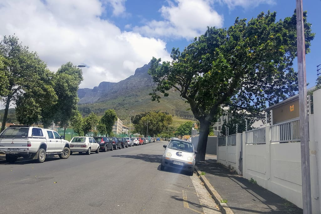 House is on the right, view of the street, Devil's Peak in the background